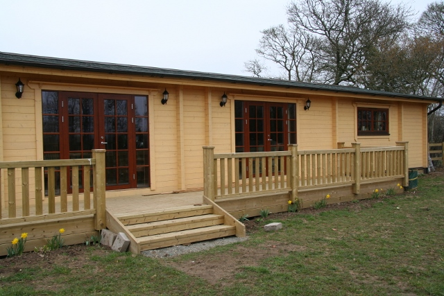 Residential log houses bespoke log homes new forest for 3 bed log cabins for sale