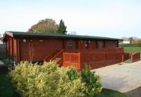 timber pavilion - Allenbourn Sports Pavilion